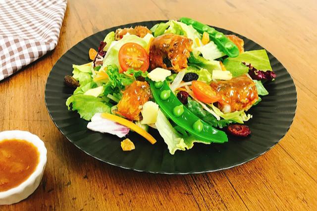「いわしのトマトパッツァ」缶で栄養満点!サラダ